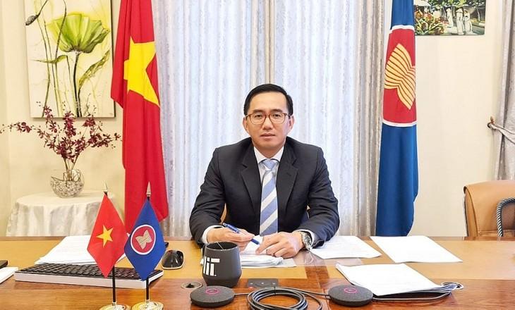 Đại sứ Trần Đức Bình chính thức nhậm chức Phó Tổng thư ký ASEAN - ảnh 1