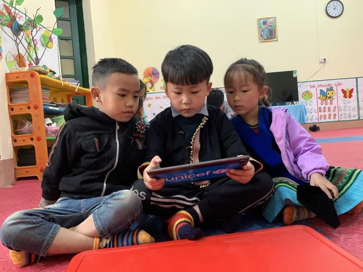 Thực tế ảo tăng cường- Xóa dần khoảng cách số trong giáo dục Việt Nam - ảnh 2