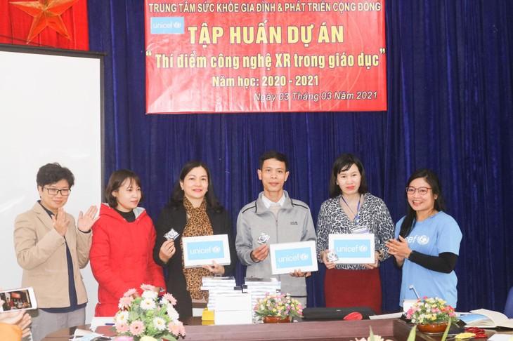 Thực tế ảo tăng cường- Xóa dần khoảng cách số trong giáo dục Việt Nam - ảnh 3