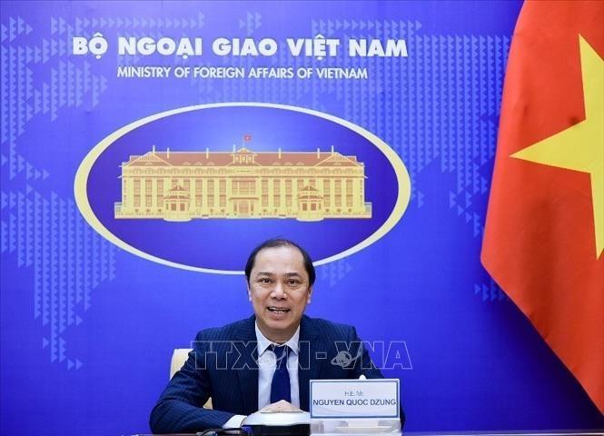 Thứ trưởng Ngoại giao Nguyễn Quốc Dũng hội đàm với Quốc vụ khanh Bộ Ngoại giao Đức - ảnh 1