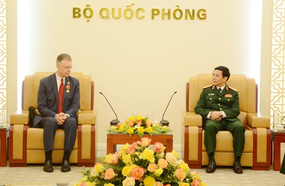 Việt Nam mong muốn hợp tác hiệu quả với Mỹ trong lĩnh vực khắc phục hậu quả chiến tranh - ảnh 1
