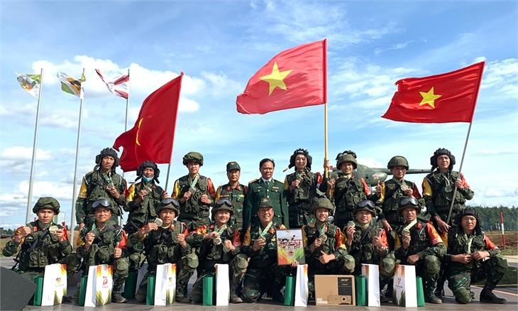 Bộ trưởng Quốc phòng Phan Văn Giang gửi thư động viên chiến sĩ tham dự ArmyGames-2021 - ảnh 1