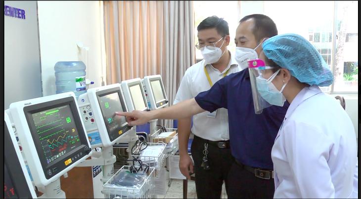 Công ty Philips và MCNV ( Hà Lan) hỗ trợ Việt Nam máy thở theo dõi bệnh nhân - ảnh 3