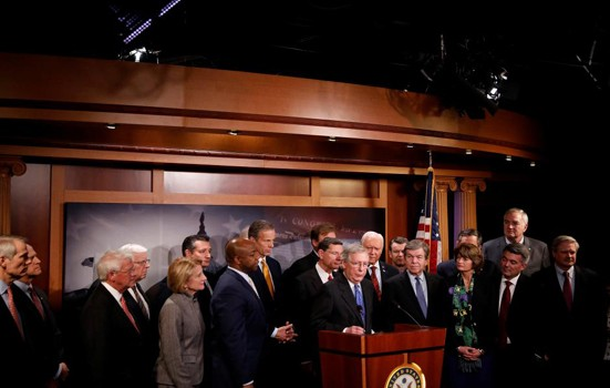 Сенат Конгресса США принял законопроект о налоговой реформе - ảnh 1