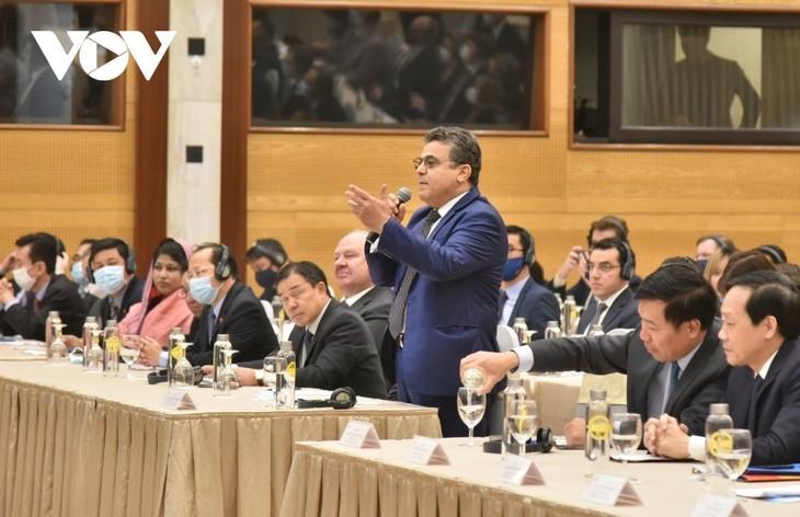 На встречу XIII Съезду КПВ: Впечатления и вера - ảnh 1
