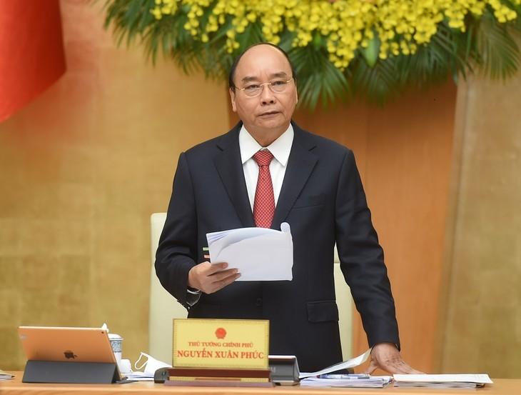 Премьер-министр Нгуен Суан Фук: все граждане будут привиты вакциной от Covid-19 - ảnh 1