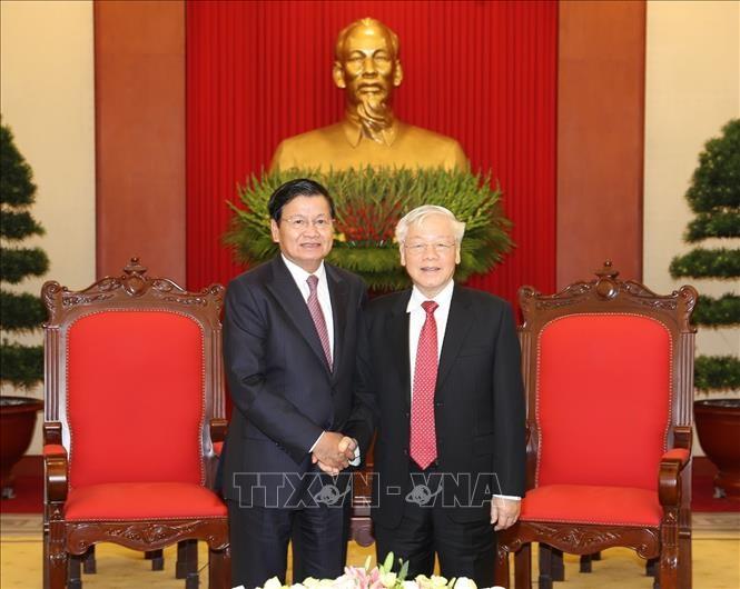 Вьетнам и Лаос укрепляют двусторонние отношения особой солидарности - ảnh 1