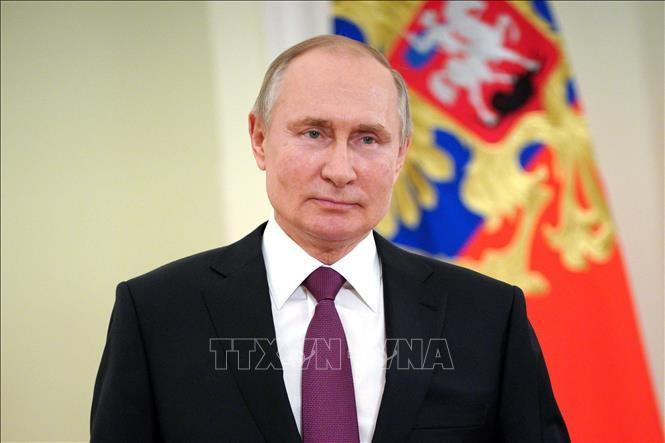 Президент России Владимир Путин остается сторонником выстраивания добрых отношений с США - ảnh 1