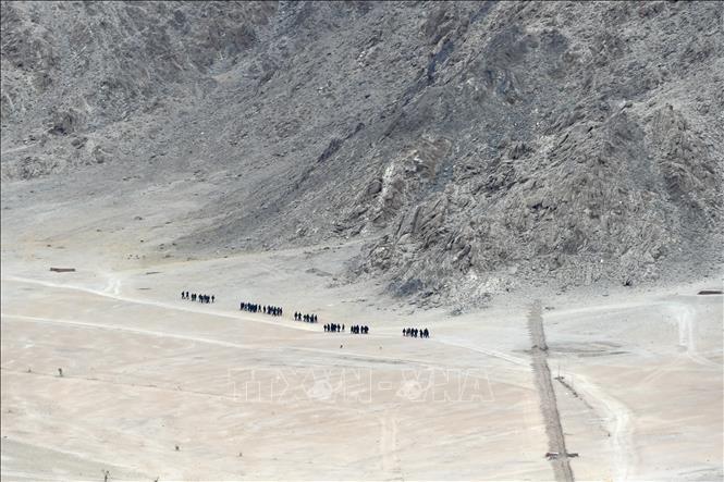 Министры иностранных дел Индии и Китая обсудили пограничные вопросы  - ảnh 1