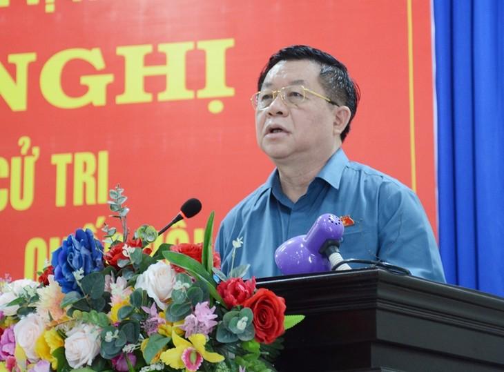 Глава Отдела пропаганды и политического воспитания ЦК КПВ провёл встречу с избирателями провинции Тэйнинь - ảnh 1