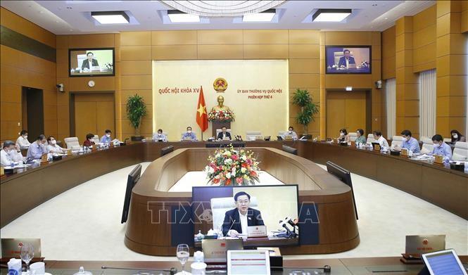 4-е заседание Постояного Комитета Национального Собрания: необходимо в срочном порядке разработать программу экономического восстановления  - ảnh 1