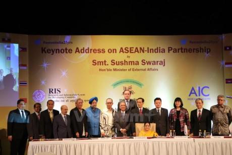 印度-东盟建立伙伴关系25周年纪念会举行 - ảnh 1