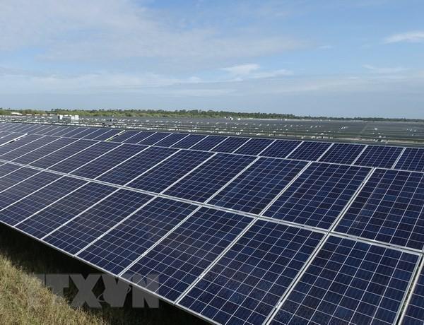 法国向使用太阳能的发展中国家提供7亿欧元援助 - ảnh 1