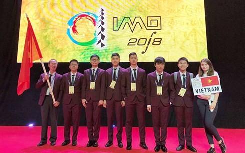 参加国际中学生奥林匹克数学竞赛的越南6名学生全部获奖 - ảnh 1