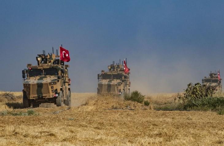 俄土在叙利亚发生新的激烈对抗 - ảnh 1