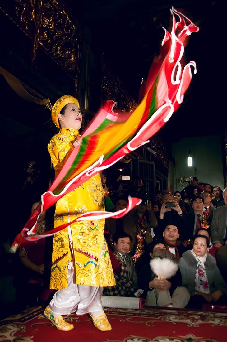 三府圣母祭祀信仰:遍布全国的非物质文化遗产 - ảnh 2
