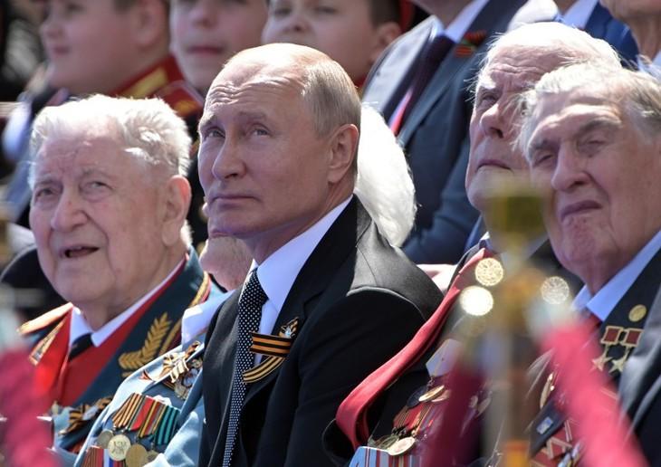 ប្រធានាធិបតីរុស្ស៊ី លោក Vladimir Putin អំពាវនាវឱ្យប្រជាជនទៅបោះឆ្នោតដើម្បីប្រទេសជាតិ - ảnh 1