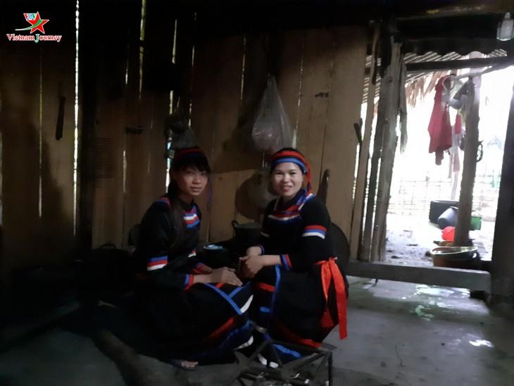 លក្ខណៈវប្បធម៌ដ៏វិសេសវិសាលរបស់ជនជាតិ Thuy នៅខេត្ត Tuyen Quang - ảnh 2