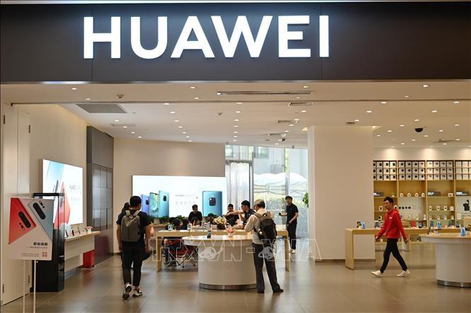 សហរដ្ឋអាមេរិករឹតបន្តឹងការដាក់កំហិតលើក្រុមហ៊ុន Huawei - ảnh 1