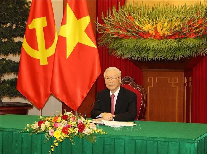 អគ្គលេខាបក្សកុម្មុយនិស្តវៀតណាមលោក Nguyen Phu Trong អញ្ជើញជួបសន្ទនាការងាតាមទូរស័ព្ទជាមួយអគ្គលេខាបក្ស ប្រធានរដ្ឋចិនលោក Xi Jinping - ảnh 1