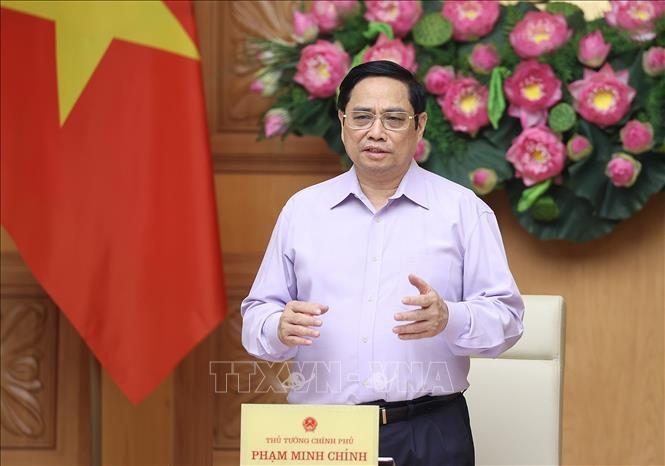 នាយករដ្ឋមន្រ្តីវៀតណាម លោក Pham Minh Chinh៖ ពន្លឿន និងធានាគុណភាព ដោយផ្សារភ្ជាប់ជាមួយការប្រយុទ្ធប្រឆាំងអំពើអសកម្ម និងផលប្រយោជន៍ក្រុមក្នុងការវិនិយោគសាធារណៈ - ảnh 1
