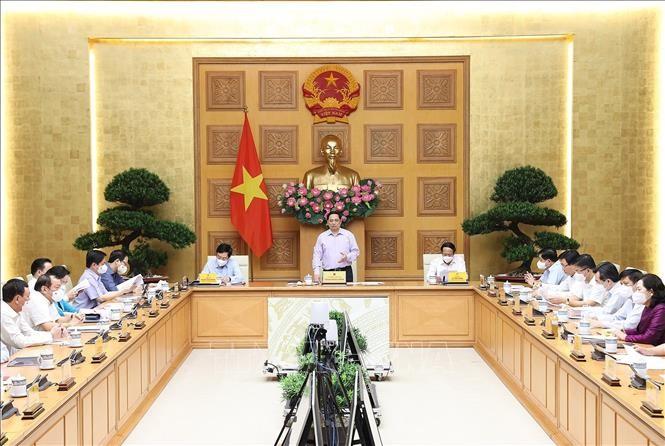 នាយករដ្ឋមន្រ្តីវៀតណាម លោក Pham Minh Chinh៖ ពន្លឿន និងធានាគុណភាព ដោយផ្សារភ្ជាប់ជាមួយការប្រយុទ្ធប្រឆាំងអំពើអសកម្ម និងផលប្រយោជន៍ក្រុមក្នុងការវិនិយោគសាធារណៈ - ảnh 2