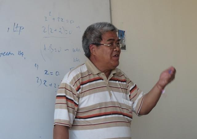 Thầy giáo già tận tâm với thế hệ trẻ gốc Việt tại Bungari - ảnh 1
