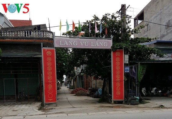 Nghề tạc tượng của làng Vũ Lăng - ảnh 1