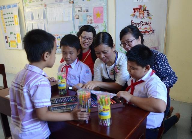 Trẻ em nơi sóng nước Trường Sa - ảnh 3