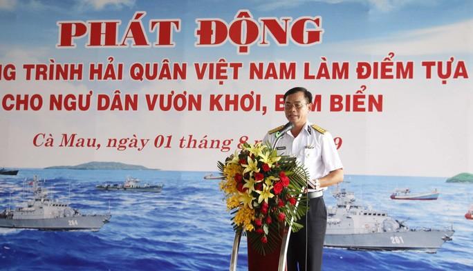 """Phát động Chương trình """"Hải quân Việt Nam làm điểm tựa cho ngư dân vươn khơi bám biển"""" - ảnh 2"""