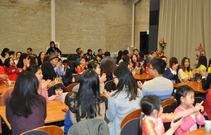 Đại sứ quán Việt Nam tại Na Uy tổ chức chào đón Xuân Canh Tý 2020 - ảnh 2