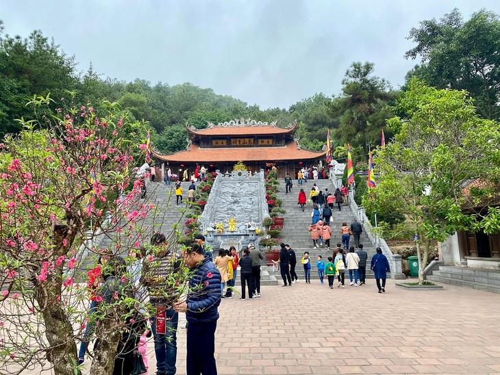Đền thờ Chu Văn An với danh thơm Vạn thế sư biểu - ảnh 1