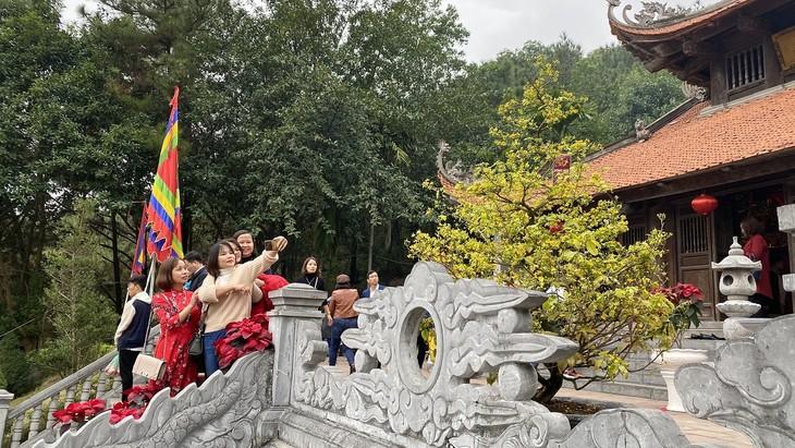 Đền thờ Chu Văn An với danh thơm Vạn thế sư biểu - ảnh 6