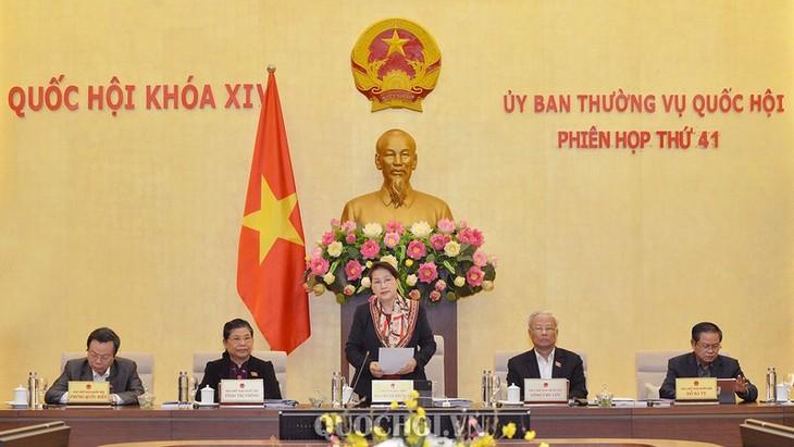 Khai mạc phiên họp thứ 42 của Ủy ban Thường vụ Quốc hội - ảnh 1