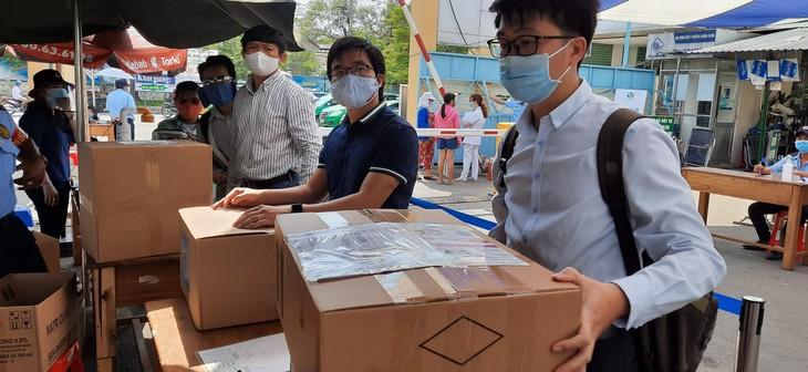 Hội chuyên gia, trí thức Việt Nam-Hàn Quốc hỗ trợ y, bác sĩ đẩy lùi đại dịch Covid-19 - ảnh 1
