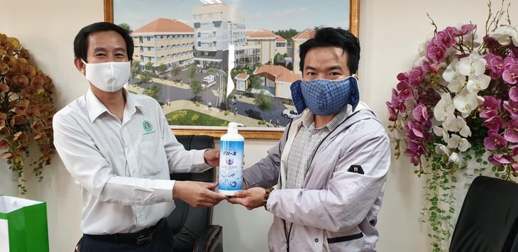 Hội chuyên gia, trí thức Việt Nam-Hàn Quốc hỗ trợ y, bác sĩ đẩy lùi đại dịch Covid-19 - ảnh 2