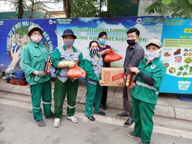 Tổ chức công đoàn Thủ đô hỗ trợ hơn 50.000 công nhân lao động bị ảnh hưởng do dịch Covid-19 - ảnh 1