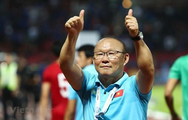Ông Park Hang Seo lọt top huấn luyện viên xuất sắc nhất châu Á - ảnh 1