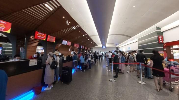 Tiếp tục đưa công dân Việt Nam từ nước ngoài về nước - ảnh 1