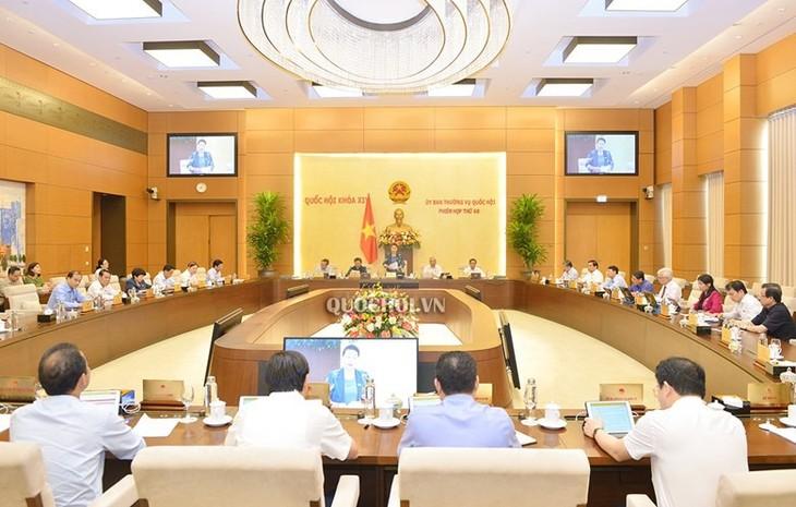 Khai mạc phiên họp 47 của Ủy ban Thường vụ Quốc hội - ảnh 1