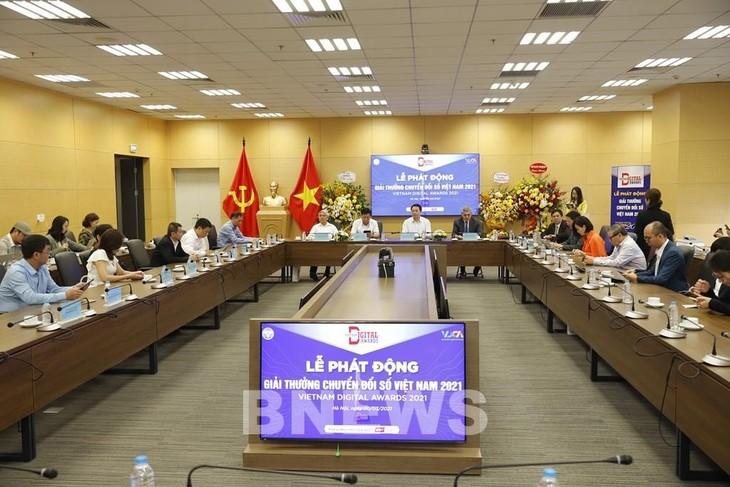 Vinh danh sản phẩm công nghệ chuyển đổi số Việt Nam - ảnh 1