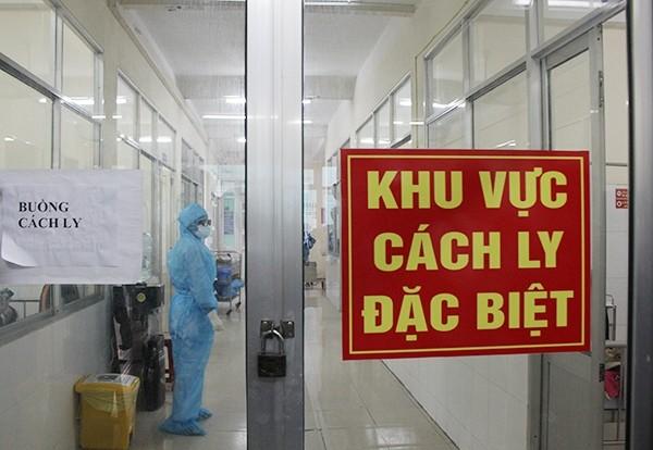 Sáng 4/4, Việt Nam có 9 ca COVID-19 mới được cách ly ngay khi nhập cảnh - ảnh 1