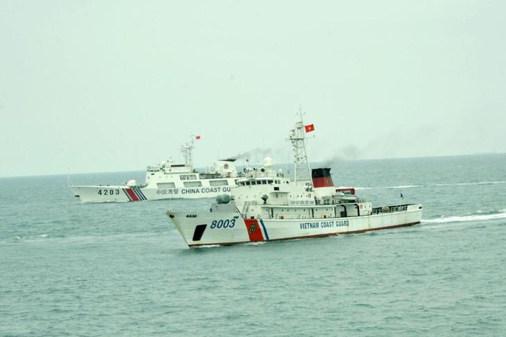 Việt Nam - Trung Quốc kết thúc chuyến tuần tra liên hợp trên vùng biển lân cận đường phân định Vịnh Bắc Bộ - ảnh 1
