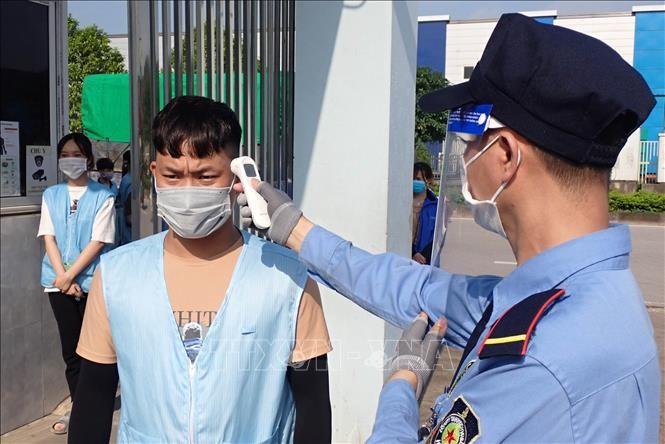 Sáng 15/5, Việt Nam ghi nhận thêm 20 ca mắc COVID-19 trong nước - ảnh 1