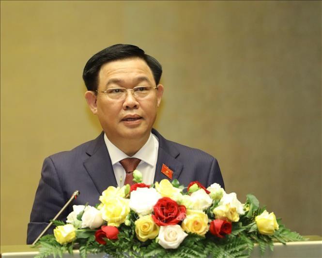 Chủ tịch Nhân đại Trung Quốc chúc mừng Chủ tịch Quốc hội Việt Nam Vương Đình Huệ - ảnh 1