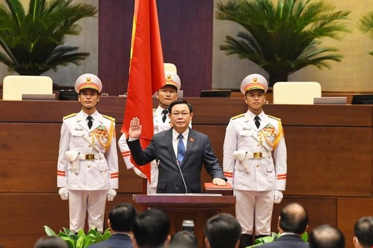 Chủ tịch Quốc hội Vương quốc Campuchia chúc mừng Chủ tịch Quốc hội Vương Đình Huệ - ảnh 1