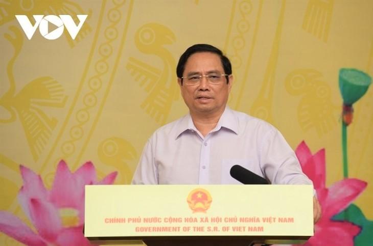 """Thủ tướng Phạm Minh Chính phát động chương trình """"Sóng và máy tính cho em"""" - ảnh 2"""