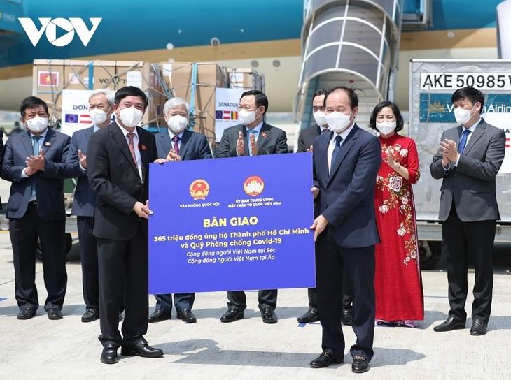 Các nước châu Âu ủng hộ cung cấp, chuyển giao công nghệ vaccine cho Việt Nam - ảnh 2