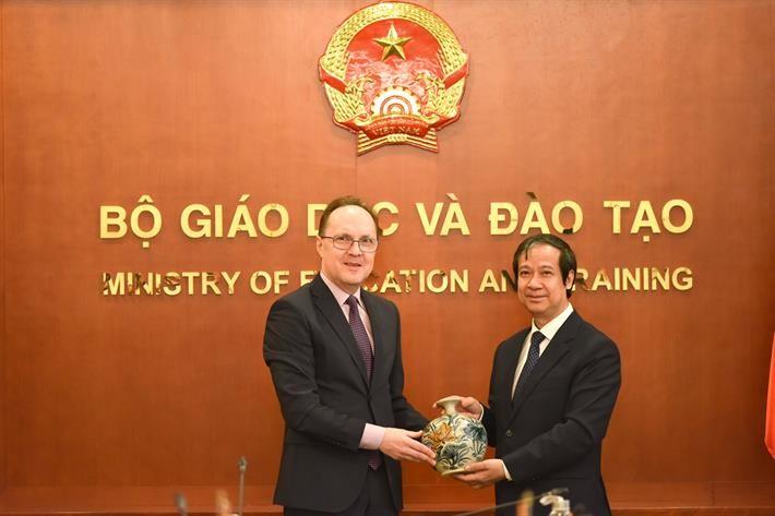 Liên bang Nga đặc biệt ưu tiên hợp tác đào tạo giáo dục với Việt Nam - ảnh 1