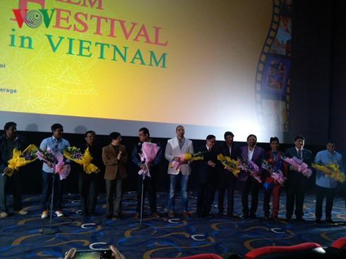 В Ханое открылась Неделя индийского кино 2015 - ảnh 1